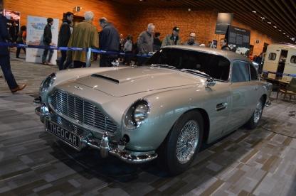 1964 vDb5 007 replica car